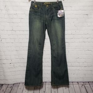 Dereon by Beyonce Boot Cut Jeans Sz 7/8 NWT